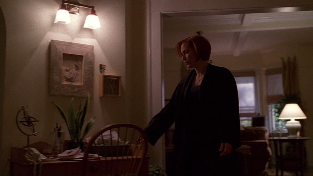 07x07_orison_scullyapartment05